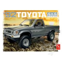 1:20 1992 Toyota 4x4 Pickup