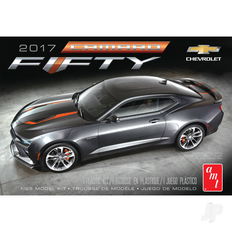 1:25 2017 Chevy Camaro 50th Anniversary