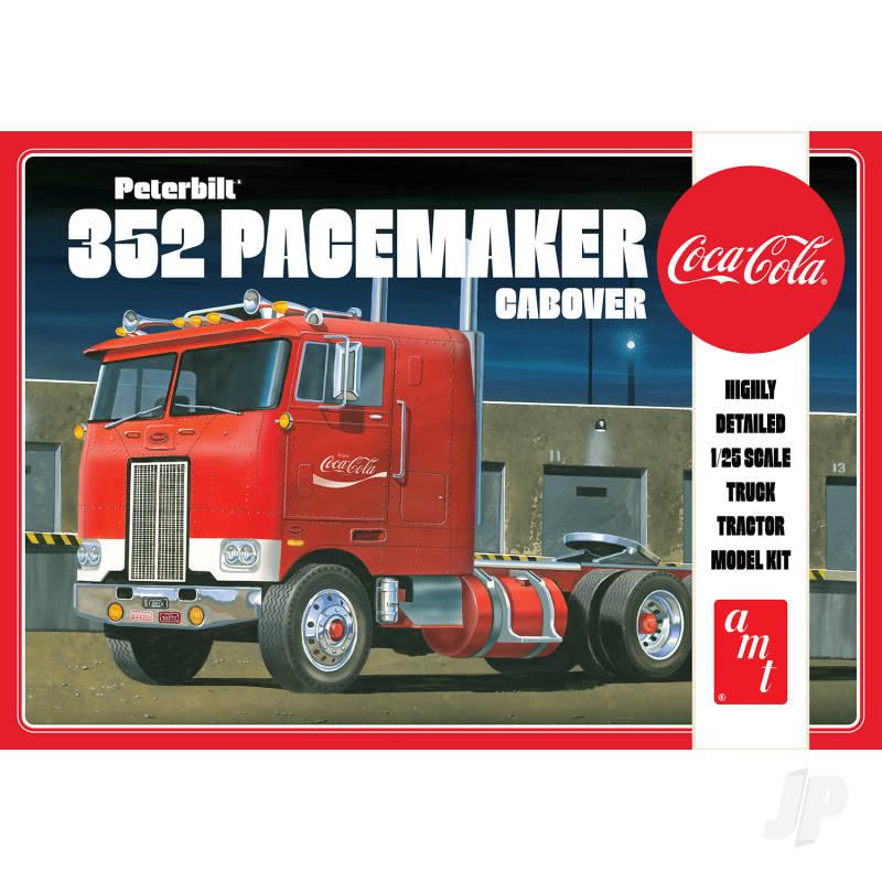 Peterbilt 352 Pacemaker Cabover